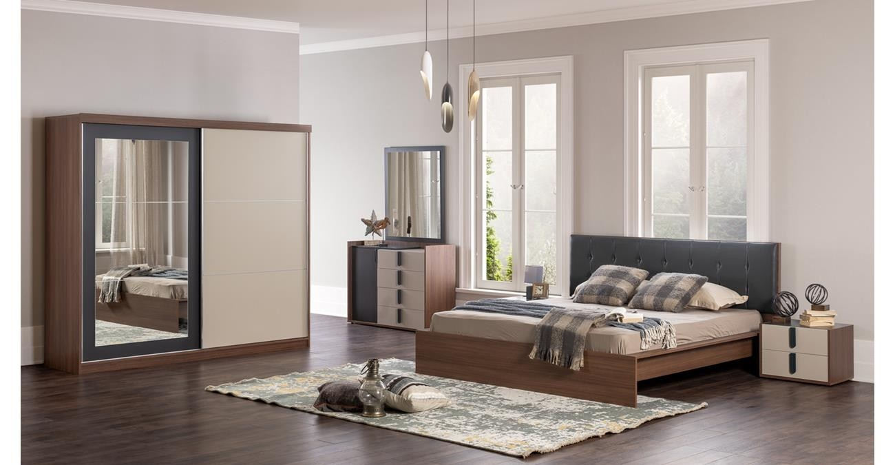 Revival Bedroom Set, 5 Pieces  data-src=
